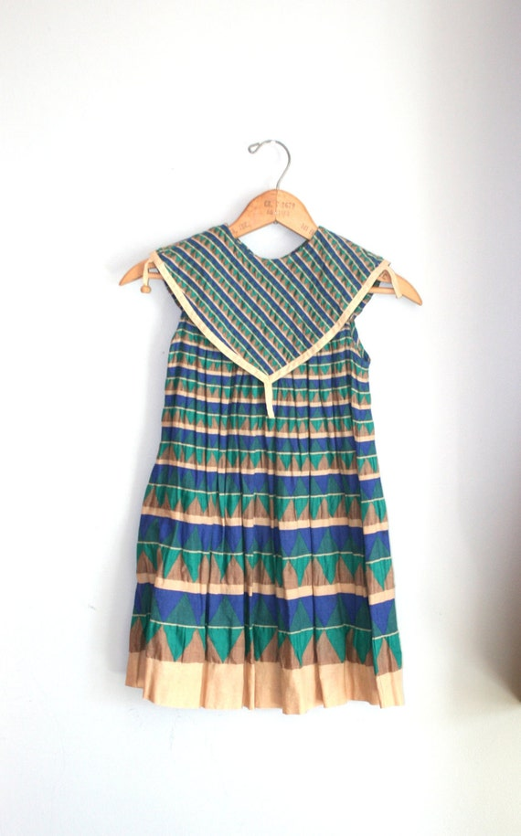 80s Vintage AZTEC Urban Geometric Girls Dress.....size 8 girls.....kids. children. vintage dress. stripes. mod. retro. japan