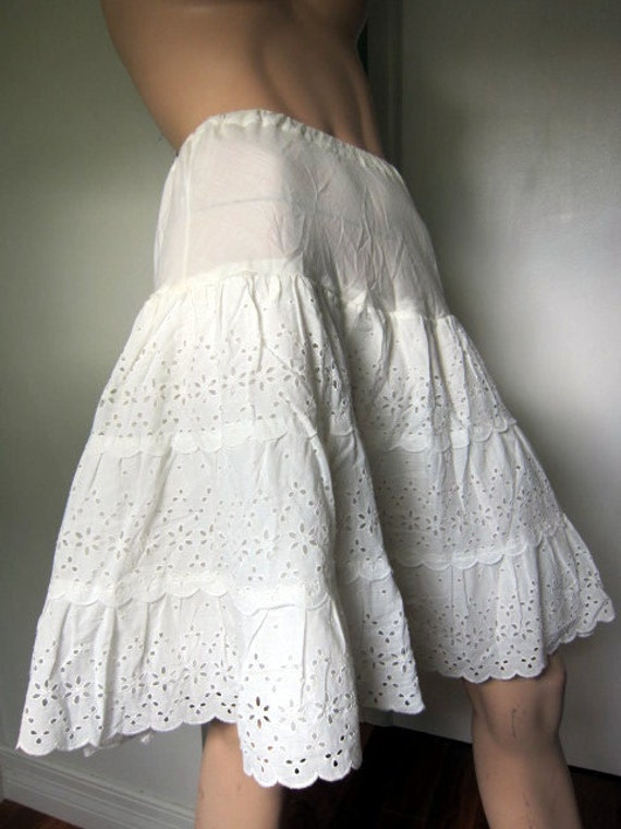 Vintage White Eyelet Tired Petticoat, Small