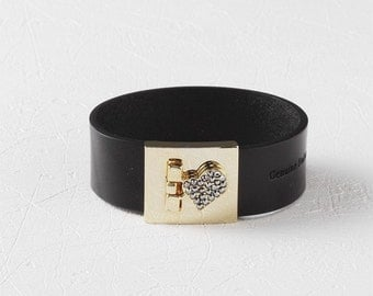 Jewel Heart Closure Leather Bracelet(Black)