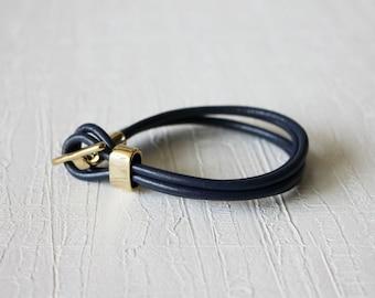 18k Gold Plated T Closure Leather Wrap Bracelet(navy)