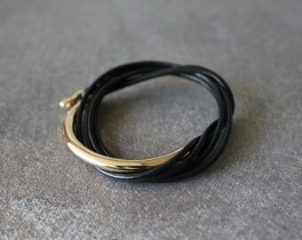 Leather Wrap Bracelet with 18K Gold Plated Brass Hook(Black)