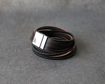 Six Strands Double Wrap Magnetic Closure Leather Bracelet(Black and Dark Brown Multi)