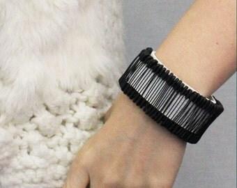 Safety Pin Ornament Leather Bracelet(white)