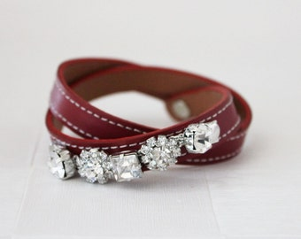 Crystal Flower Embellished Leather Bracelet(Red)