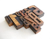 FREE SHIPPING - 0 to 9 -10 Vintage Letterpress Wood Type Collection -VM45