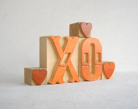 XO and 3 Little Wooden Letterpress Hearts -VM53