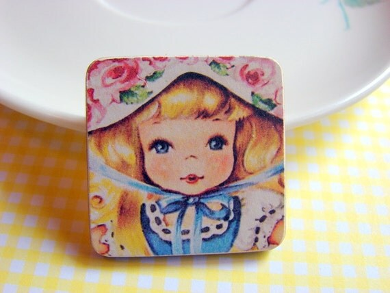 Little Wood Pin Brooch - Little Girl with Pink Roses on Her Bonnet - Decoupage Collage Vintage Retro Storybook