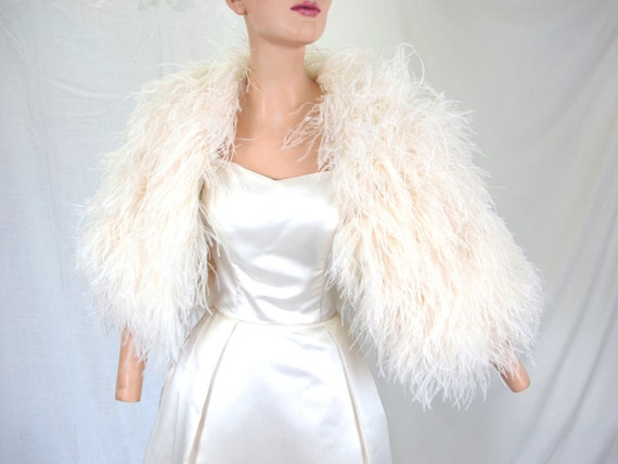 Wedding Gown With Cape: Beautiful White Ostrich Cape Shawl For Wedding Or Evening Gown