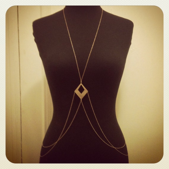 adjustable geometric brass body chain
