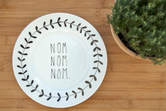 Illustrated NOM NOM NOM plate with leafy wreath