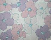 vintage fabric - retro lavender, pink and white floral - fat quarter