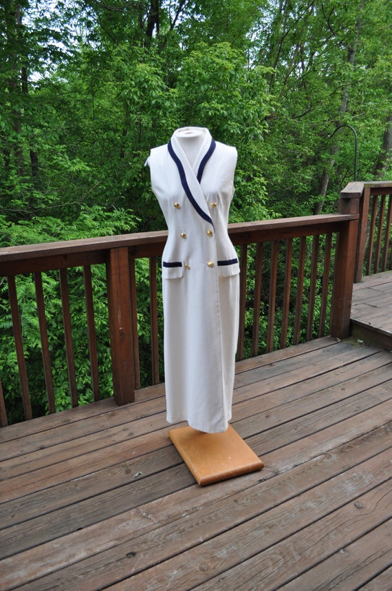 Vintage 1980s Nautical Dress, White and blue sailor style, Size 6 Navy wife, sleeveless