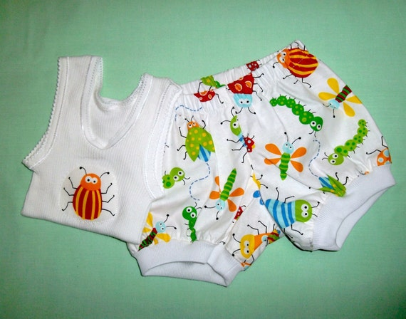 Unisex, Boys or Girls Bugs Baby Set, Singlet & Nappy cover / Diaper cover, size 0 to 3 months (000)