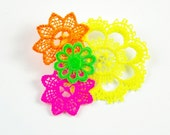 Neon vintage lace brooch style 2