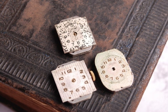 Set of 3 Vintage watch movement, watch parts, watch faces, cases (n45)