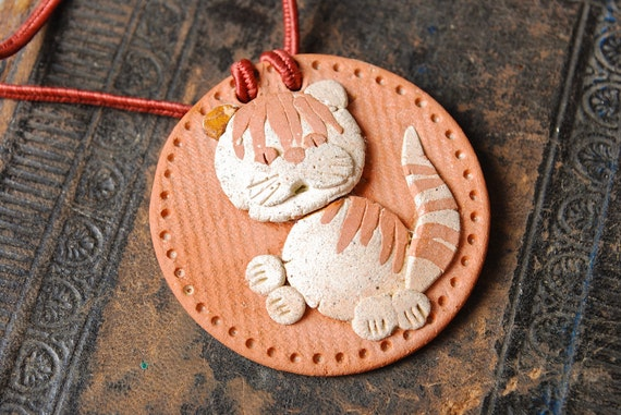 SALE... Vintage Clay pendant, cat , kitty