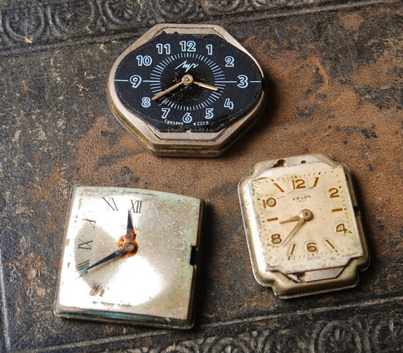 Set of 3 Vintage small watch movement, watch parts, watch faces. (MS)