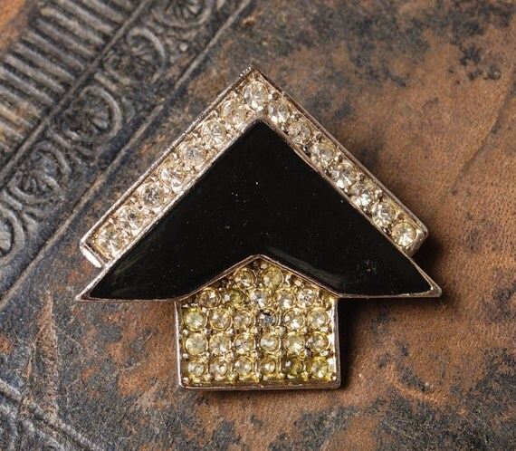 Vintage silver plated brooch, with glass rhinestones and black enamel