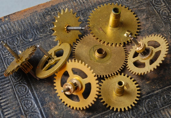 Lot of 8 Vintage clock parts, gears