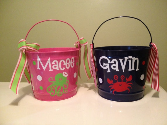 Personalized Easter basket, 10 quart metal bucket, name or monogram, polka dots, Easter, baby, or birthday gift, crab or sea creature design