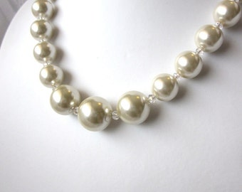 Pearl Necklace - Elegant  Ecru (Cream, Off White) Pearl Single Strand Necklace - Perfect for a Wedding, Bride, Prom or Formal