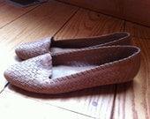 Vintage Tan Weave Flats Sz 8.5N