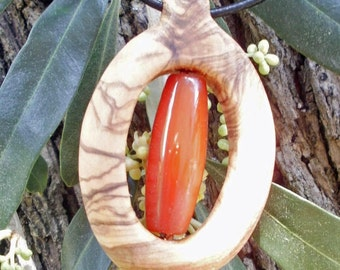 Olive Wood necklace with amber agate gemstone, hand made in Lesvos Greece