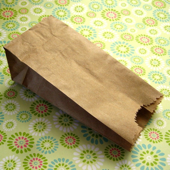 200 Small Kraft Bags Lunch Sack Half Pound 3 x 6 1/4 x 1 7/8 inches