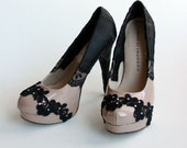 High heels with black lace and ribbon