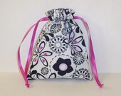 Cloth Gift Bag - Retro Floral White, Black, and Hot Pink Drawstring Pouch