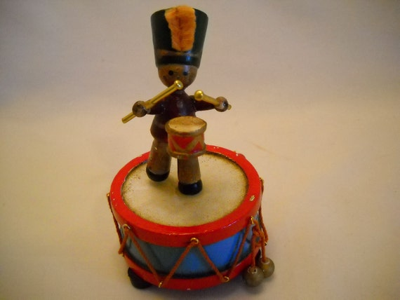 Vintage Little Drummer Boy Musical Christmas Decoration By Enesco 1980