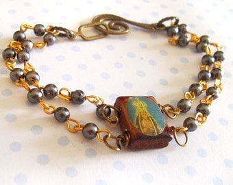 Bracelet with Rosary Style Gray-Blue-Colored Beads with Vintage wooden Charm, 8 Inches