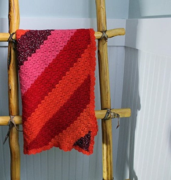 Vintage Baby Blanket Handmade Crochet  - Wool Red Pink Orange - B6