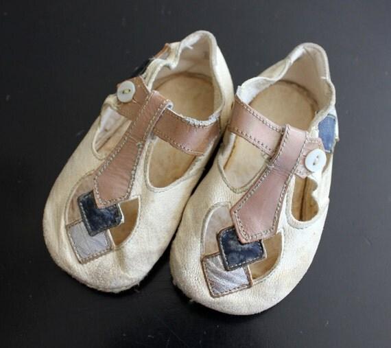 1920s Deco Vintage Baby Bootie / Shoes