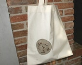 White cotton tote bag decorated with linen and juniper wood/ shopping bag/nature/ patch/ grey/forest lovers