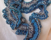Handknitted Curly Scarf