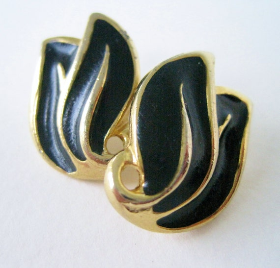 Vintage 80s Retro Woodland Goldtone Gold Tone Black Enamel Abstract Leaf Earrings