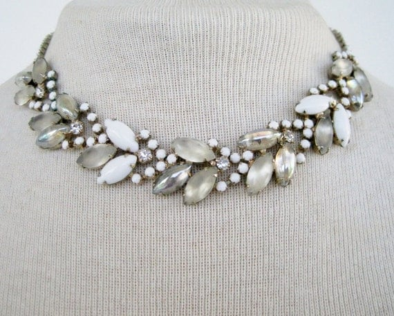 Vintage 50s Mid Century Hollywood Regency Silvertone Milk Glass Aurora Borealis Rhinestone Necklace