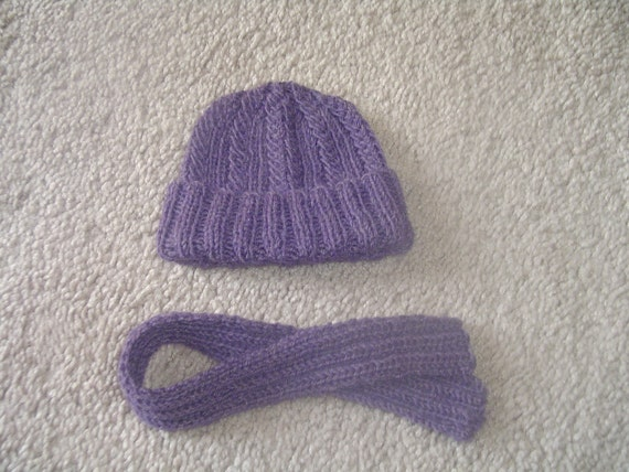 """18"""" doll, American Girl- Hat and Scarf Set"""
