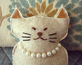 Little Kitty Pretty in Pearls