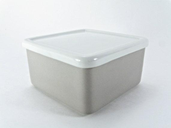 Arabia Finland Pretty Gray and White Trinket Box