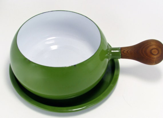Roly Poly Lime Green Enamelware Fondue or Sauce Pot