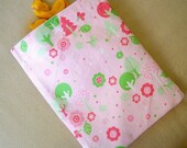 Pink Forrest Reusable Snack Bag.