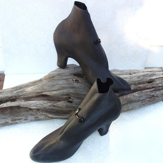 Vintage Galoshes  Women  Rain Shoes   High Heel Galoshes   Black Heeled Overshoes   1950s