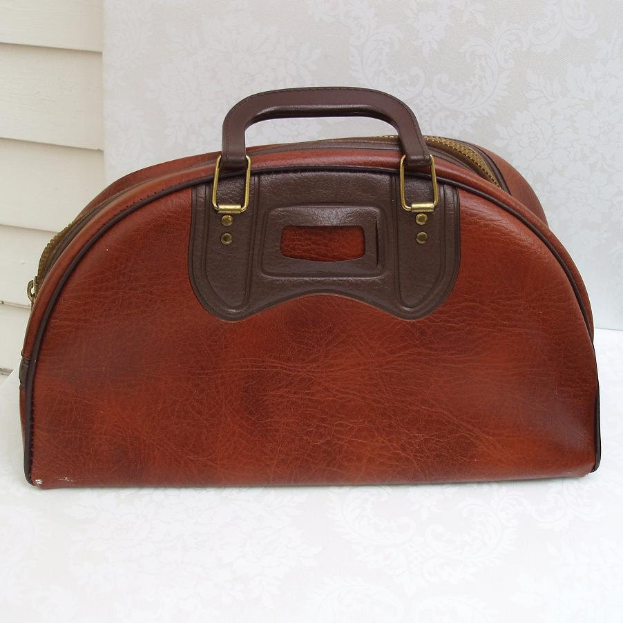 Free shipping on duffel bags and weekend bags at palmmetrf1.ga Shop for duffels and weekend bags in leather, canvas and more. Totally free shipping and returns.