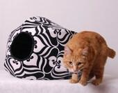 the Cat Ball Unique Cat Bed Black and White Lotus Flower a Modern Neko Chigura