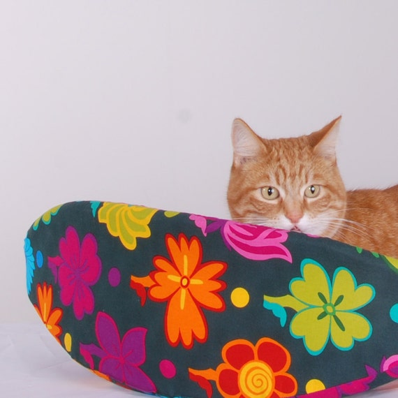 Cat Canoe Modern Kitty Bed in Mod Flower Print
