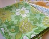 Dandelion Field Vintage Linen Napkin Set