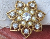 Vintage Sarah Coventry Cov Faux Pearls and Rhinestones Brooch, Ladies Accessories, Holiday Shopping