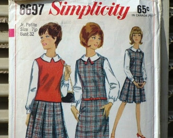 Vintage 1960s Simplicity 6697 Printed Sewing Pattern, Supplies, Commercial, Junior Petites Pattern
